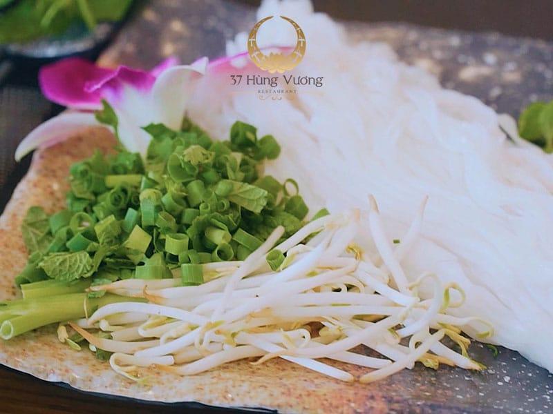 Tinh hoa ẩm thực hiện đại trong phở Bát đá 37 đặc biệt